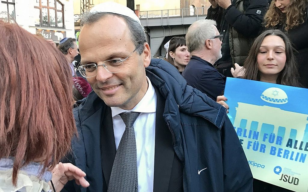 Felix Klein, the German government's first-ever special envoy to the Jewish community, at the 'Berlin wears a kippah' protest, April 25, 2018 (courtesy BMI)