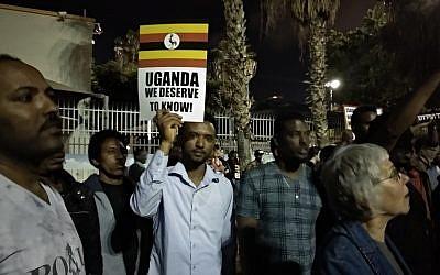 Hundreds of asylum seekers demonstrate in Levinsky Park in south Tel Aviv against the deportation deal with Uganda on April 8, 2018. (Melanie Lidman/Times of Israel)