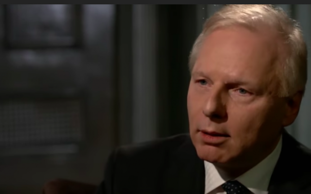 Quebec opposition leader Jean-François Lisée of the Parti-Québécois speaks in a TV interview that aired on February 21, 2018. (screen capture: YouTube)