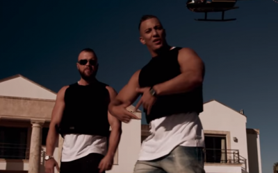 German rap duo Farid Bang (R) and Kollegah in a music video released in November 2017. (Screen capture: YouTube)