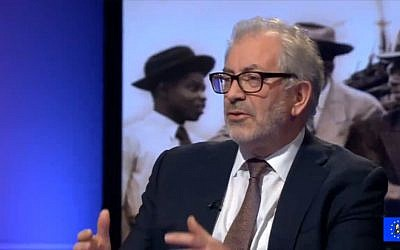 Former UK senior civil servant Lord Robert Kerslake, interviewed on the BBC's Newsnight on April 18, 2018. (Screen capture: YouTube)