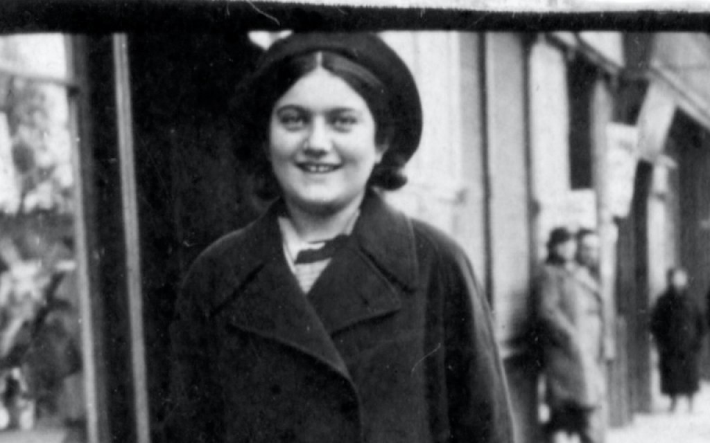 Lost Holocaust Diary From Murdered Jewish Girl Partially Published In English The Times Of Israel