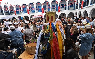 Jews gather at the Ghriba synagogue in Tunisia's Mediterranean resort island of Djerba on the first day of the annual Jewish pilgrimage to the synagogue on May 2, 2018. (AFP Photo/Fethi Belaid)