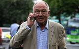 Former mayor of London Ken Livingstone visits the area of a blaze at Grenfell Tower, a residential tower block in west London, on June 15, 2017. (AFP PHOTO / Daniel LEAL-OLIVAS/File)