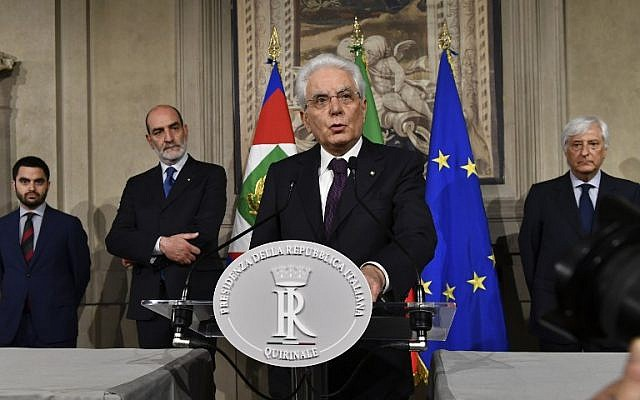 Italy's President Sergio Mattarella addresses journalists after a meeting with Italy's prime ministerial candidate Giuseppe Conte on May 27, 2018 at the Quirinale presidential palace in Rome. (AFP PHOTO / Vincenzo PINTO)