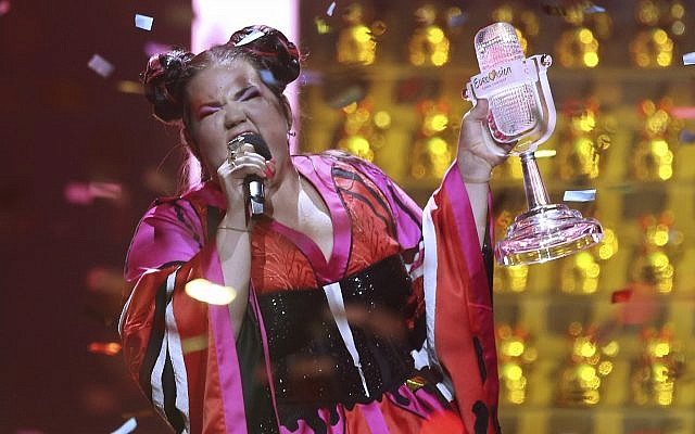 "Netta Barzilai from Israel performs ""Toy"" after winning the Eurovision song contest in Lisbon, Portugal, Saturday, May 12, 2018. (AP Photo/Armando Franca)"