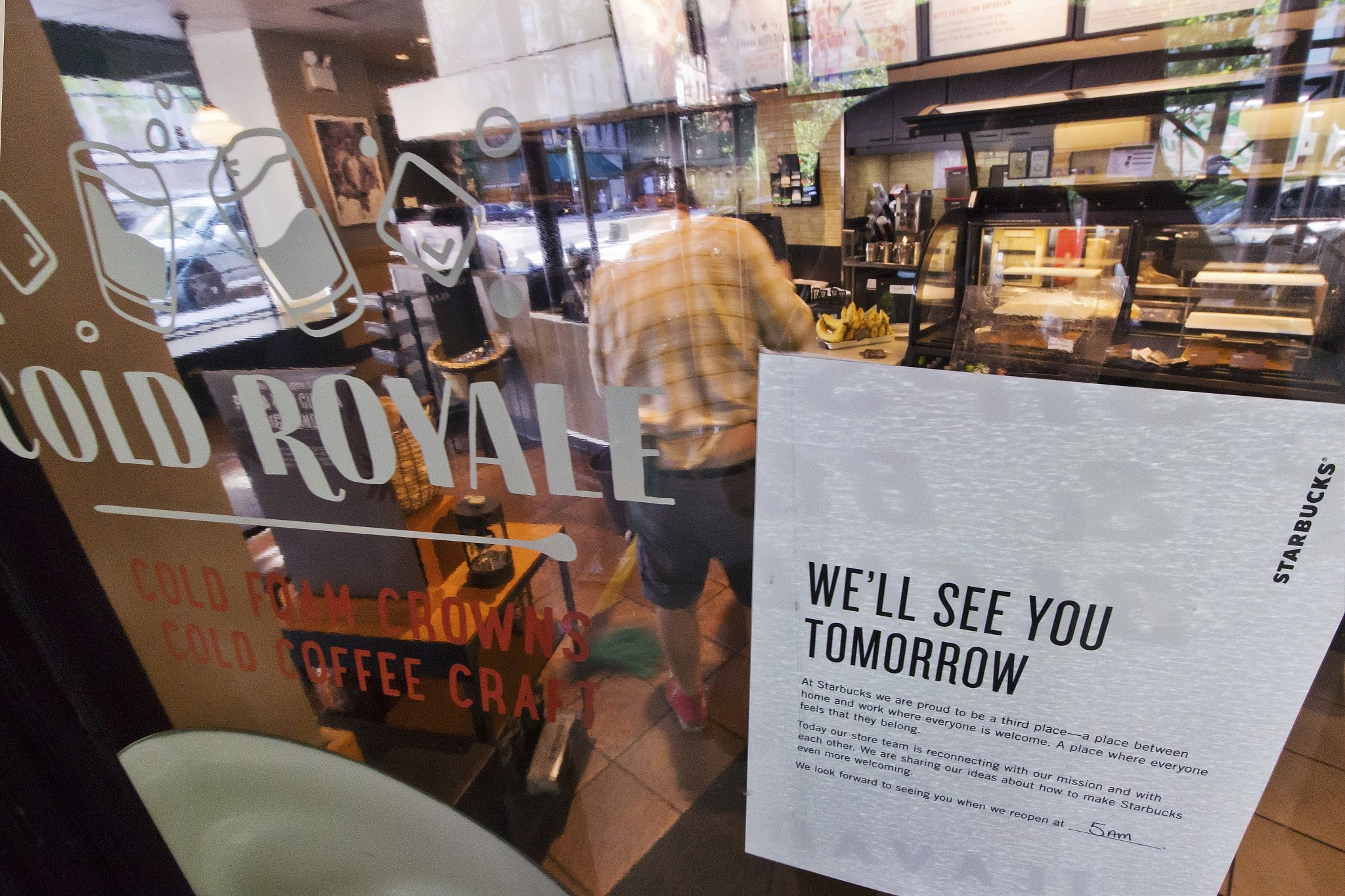 Starbucks halts brewing so its employees can talk about race