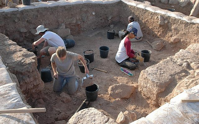 The team working at the Tel 'Eton archaeological excavation in Israel's Shphelah region. (Courtesy Avraham Faust/ Tel 'Eton Archaeological Expedition)