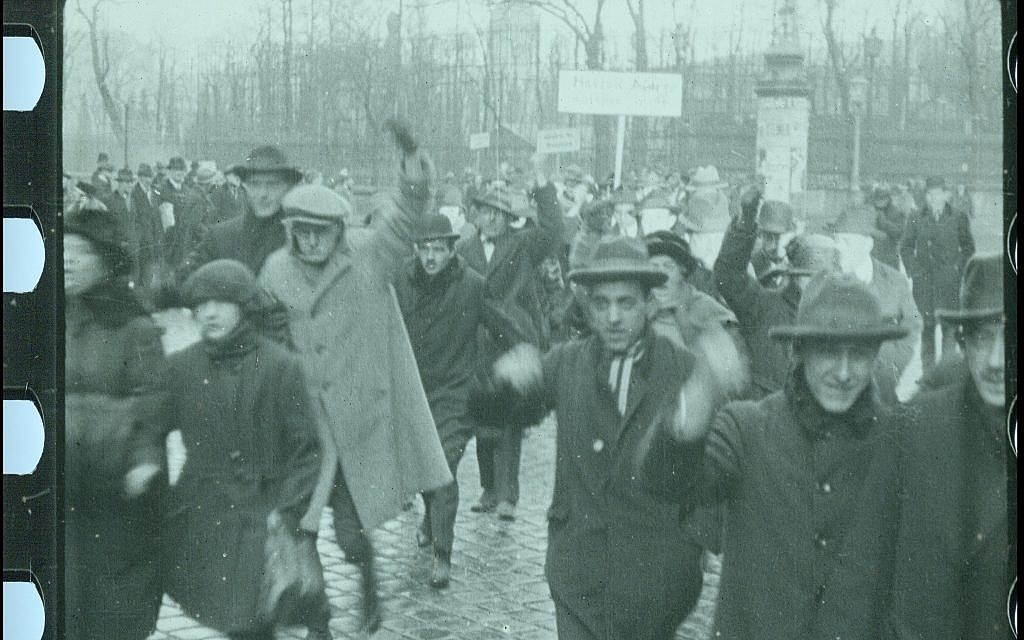 Austrian workers protest against Jews in scene from the restored 'City Without Jews' (Courtesy of Film Archiv Austria)