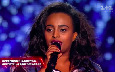 Bethlehem Endale performing on 'The Voice' Ukraine (Screenshot)