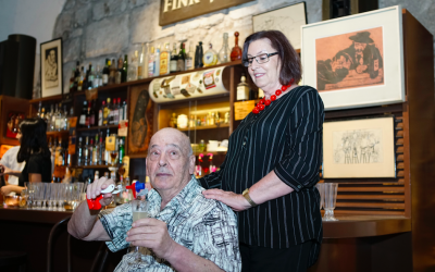 Mouli and Edna Azrieli, the owners of Fink's, a legendary Jerusalem bar, now part of the 'London in Jerusalem' exhibit at the Tower of David Museum, open until December 2018. (Courtesy, Oded Antman)