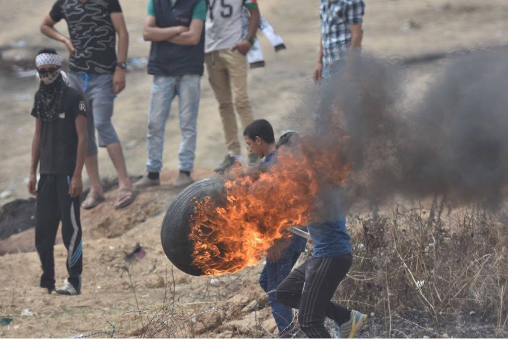 Israeli fire kills four Palestinians as troops shot at on Gaza border