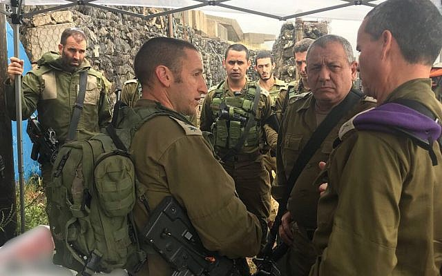 IDF chief Gadi Eisenkot, center-right, meets with senior officers from the Northern Command amid concerns of potential Iranian missile strike against northern Israel on May 9, 2018. (Israel Defense Forces)