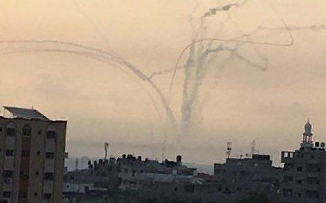 Mortar shells fired from Gaza at southern Israel, May 29, 2018 (Twitter)