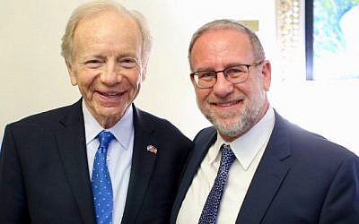 Former senator Joe Lieberman and Rabbi Ari Kahn. (Courtesy, Ari Kahn)