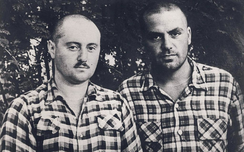 Joseph Schneider and Dov Schperling in the Mordovia labor camp. (Courtesy National Library of Israel)