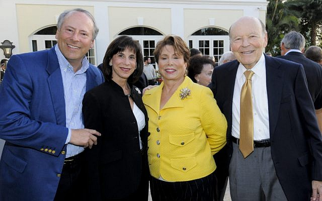Kathy Manning, second from left, attending a fund-raiser in Palm Beach, Florida, as chair of Jewish Federations of North America, March 8, 2010. (Courtesy of Hillel via JTA)