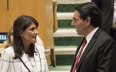 US Ambassador to the United Nations Nikki Haley talks with Israel's Ambassador to the UN Danny Danon before a vote in the General Assembly June 13, 2018 in New York. (AFP PHOTO / Don EMMERT)