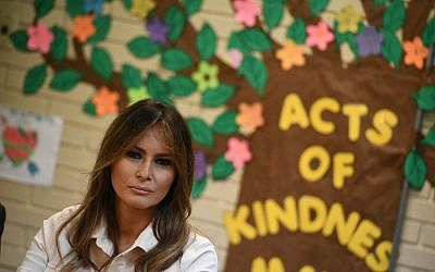 US First Lady Melania Trump takes part in a roundtable discussion at Luthern Social Services of the South's Upbring New Hope Children Center in McAllen, Texas on June 21, 2018. (AFP PHOTO / MANDEL NGAN)