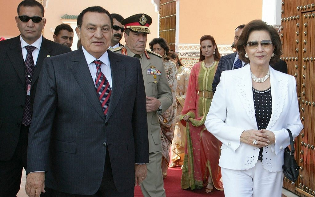 Egyptian president Hosni Mubarak and his wife Suzanne leave the royal palace in Marrakesh, Morroco, on a visit in May, 2006. (AP Photo/Jalil Bounhar)