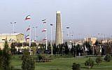 Iran's nuclear enrichment facility in Natanz, April, 9, 2007. (AP Photo/Hasan Sarbakhshian)