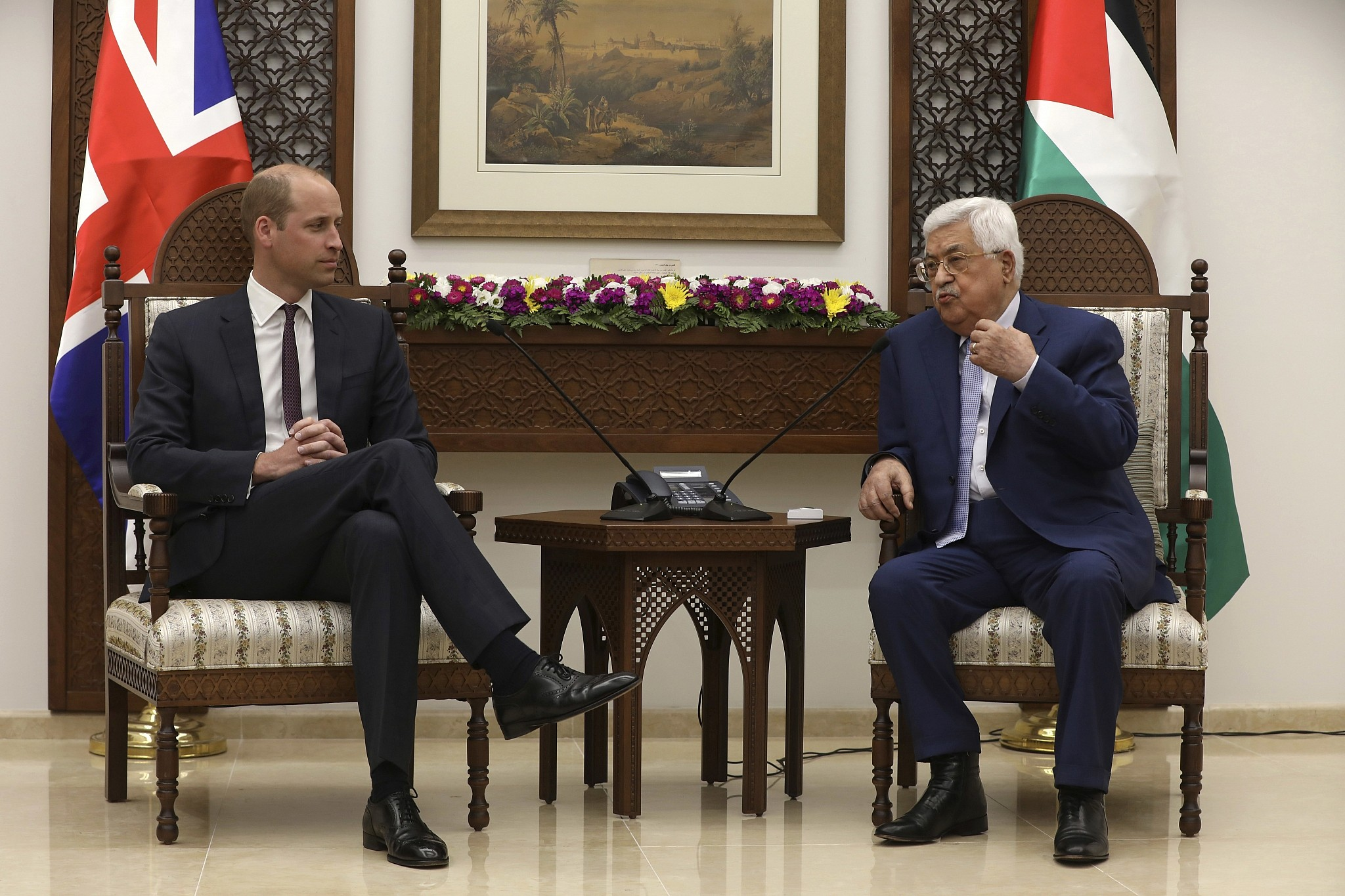 Abbas tells Prince William Palestinians want peace
