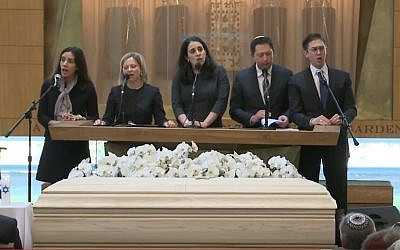 Funeral of Rabbi Aaron Panken, Westchester Reform Temple, May 8, 2018. (Screen capture, YouTube)