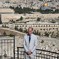 Prince William, Duke of Cambridge, tours on the Mount of Olives, overlooking the Temple Mount, on June 28, 2018, for an official visit to Israel. (Amit Shabi/POOL)