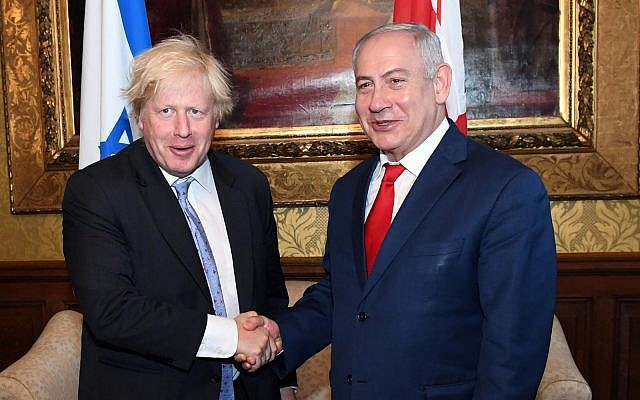 Prime Minister Benjamin Netanyahu (R) meets with UK Foreign and Commonwealth Secretary Boris Johnson at the Foreign and Commonwealth Office in London, June 6, 2018. (Haim Zach (GPO)