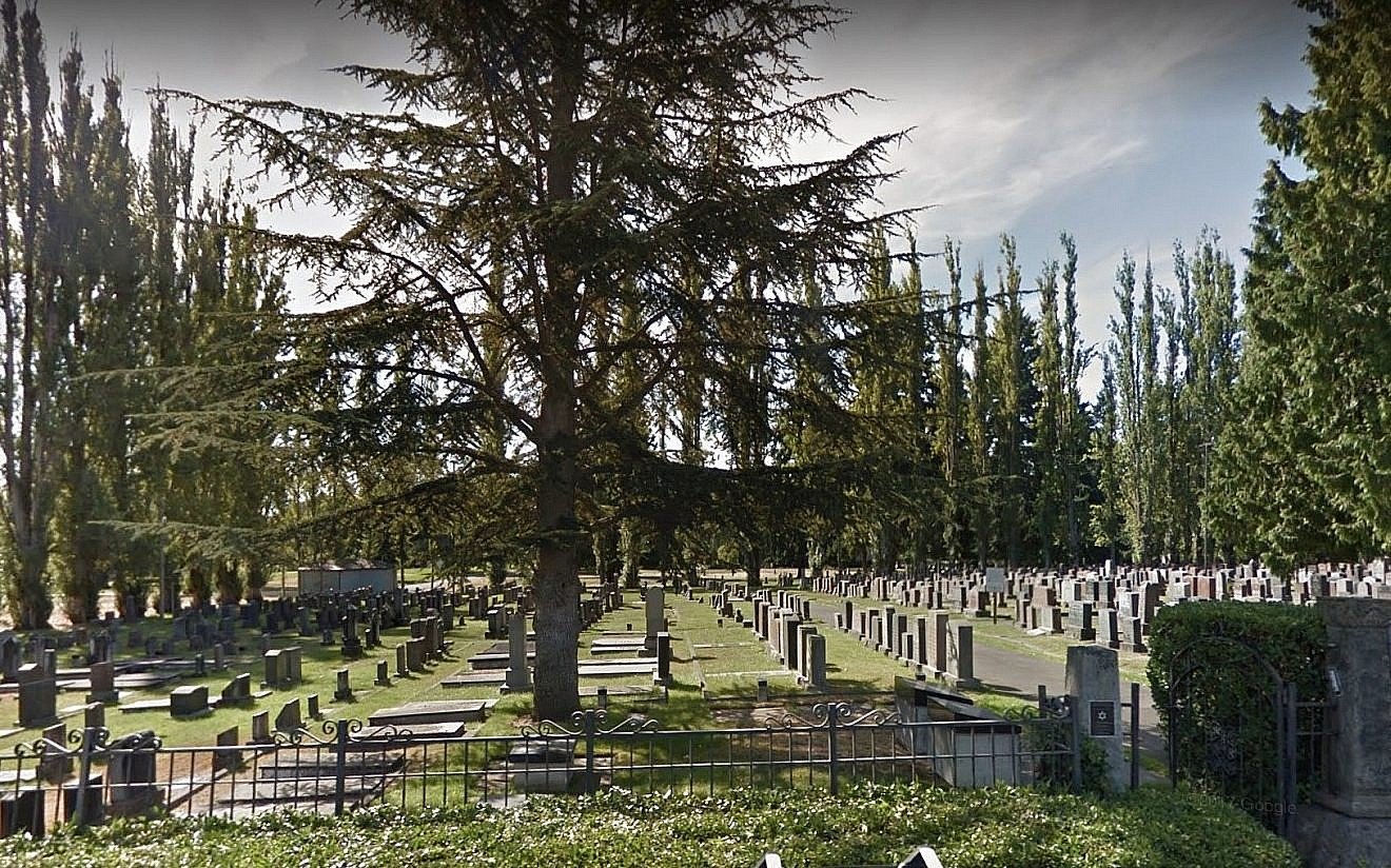 Seattle Jewish cemetery files claim with city over homeless damage ...