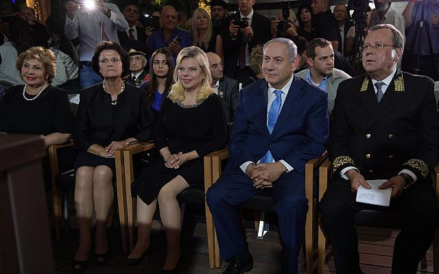 Russian Ambassador to Israel Anatoly Viktorov, right, sits next to Prime Minister Benjamin Netanyahu at a reception marking Russia Day in Sergei's Courtyard, Jerusalem, June 14, 2018 (Amos Ben-Gershom/GPO)