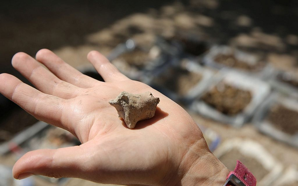 7,200-year-old animal figurine discovered at Tel Tsaf in the Jordan Valley, July 2018. (courtesy)