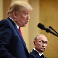 US President Donald Trump (L) and Russia's President Vladimir Putin attend a joint press conference after a meeting at the Presidential Palace in Helsinki, on July 16, 2018. (AFP PHOTO / Brendan SMIALOWSKI)