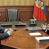Russian President Vladimir Putin, left, speaks with billionaire tycoon, Sual Group Sual owner, Viktor Vekselberg at the Russian president's vacation residence in a Black Sea resort city of Sochi, Wednesday, Sept. 13, 2006. (AP Photo/ITAR-TASS/Presidential Press Service, Dmitry Astakhov)