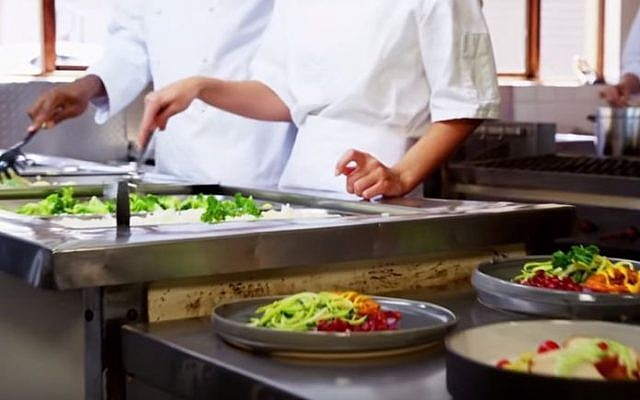 The software developed by SimpleOrder is a digital inventory management system for restaurants (YouTube screenshot)