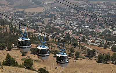 The cable car at Manara Cliff above the northern city of Kiryat Shmona on August 13, 2014. (Nati Shohat/Flash90)