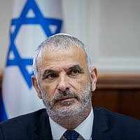 Finance Minister Moshe Kahlon attends the weekly cabinet meeting at the Prime Minister's Office in Jerusalem, on June 10, 2018. (Yonatan Sindel/Flash90)