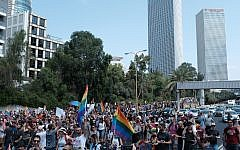 Protesters for LGBT rights march on Tel Aviv's Ayalon freeway, July 22, 2018 (Tomer Neuberg/Flash90)