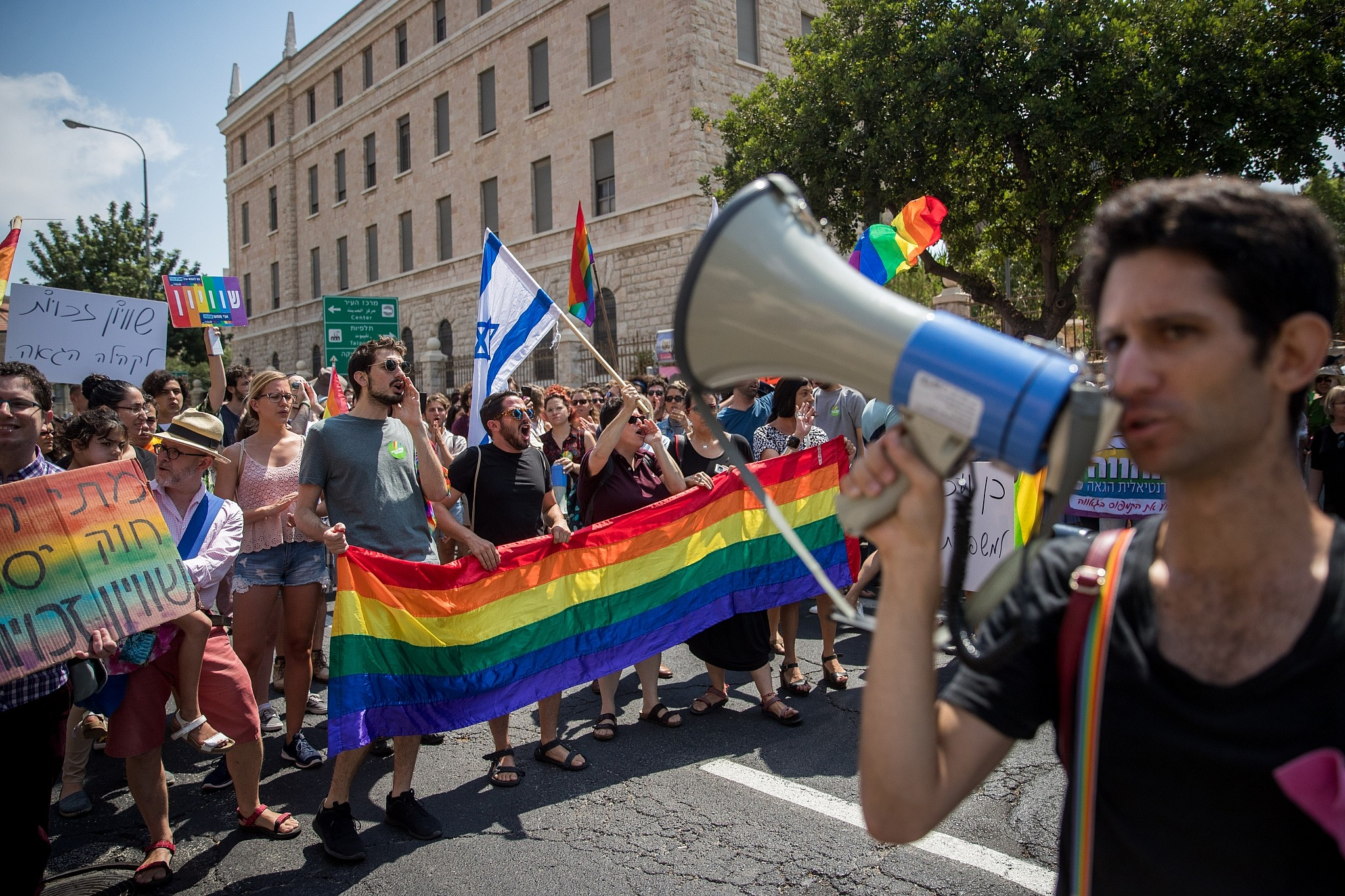Sultan qaboos bin said homosexual advance