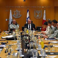 Defense Minister Avigdor Liberman, center, meets with the IDF's top generals in the military's Tel Aviv headquarters, the Kirya, on July 23, 2018. (Ariel Hermoni/Defense Ministry)