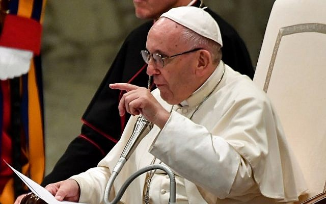 Pope Francis speaks during his weekly general audience at Aula Paolo VI (Paul VI Audience Hall) at the Vatican on August 1, 2018.  (AFP PHOTO / Andreas SOLARO)