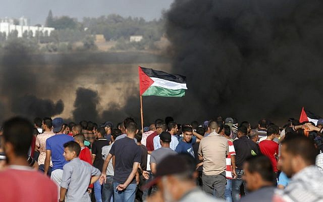 Violence erupts amid Gaza cease-fire, 2 Palestinians killed