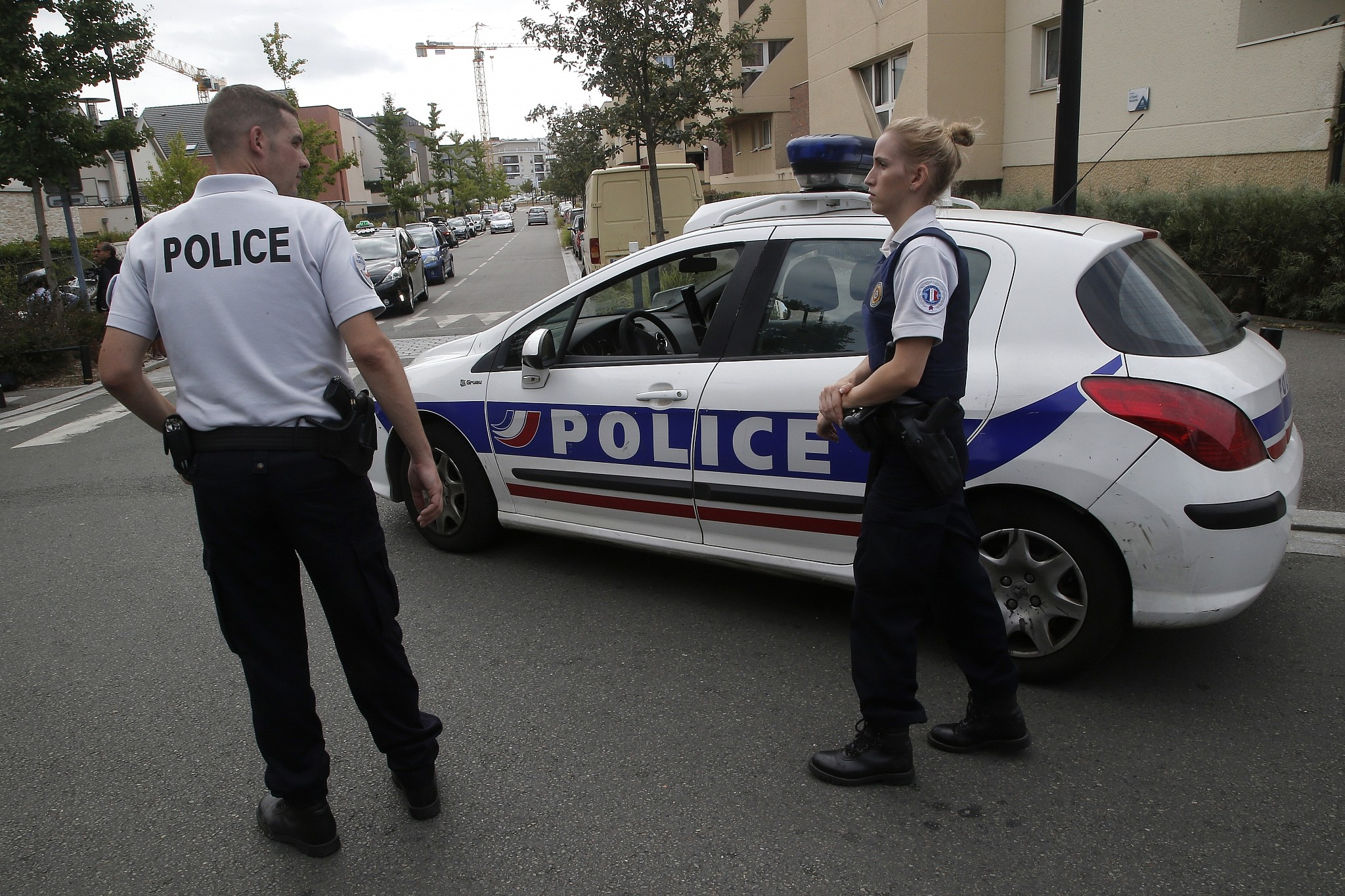Knifeman dead after killing mum, sister in town near Paris
