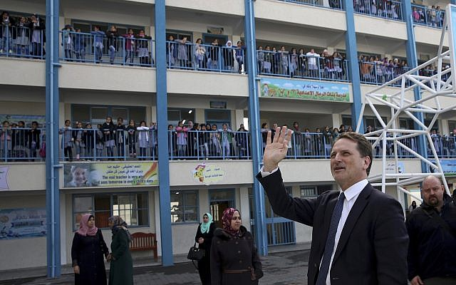 Pierre Krähenbühl, commissioner-general of the United Nations Relief and Works Agency for Palestine Refugees (UNRWA) at the UNRWA Rimal Girls Preparatory School in Gaza City, January 22, 2018. (AP Photo/Adel Hana)