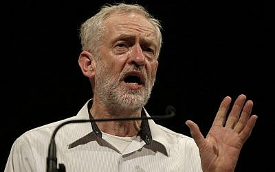 British lawmaker Jeremy Corbyn addressing a meeting during his election campaign for the leadership of the British Labour Party in Ealing, west London, August 17, 2015. (AP Photo/Alastair Grant)