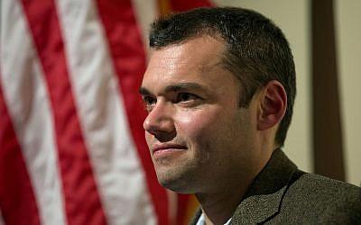 Author Peter Beinart waits to speak at an event November 14, 2012, in Atlanta.  (AP Photo/ David Goldman/File)