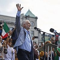 Jeremy Corbyn addresses the crowd in Trafalgar Square in London, England, July 13, 2018. (NIKLAS HALLEN/AFP/Getty Images via JTA)