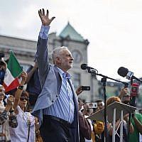 Jeremy Corbyn addresses the crowd in Trafalgar Square in London, England, July 13, 2018. (NIKLAS HALLEN/AFP/Getty Images via JTA)