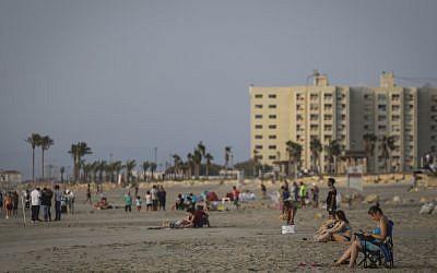 Illustrative: View of a beach near Haifa (Hadas Parush/Flash90)