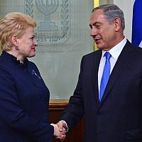Prime Minister Benjamin Netanyahu meets with President of Lithuania Dalia Grybauskaitė in Jerusalem on October 20, 2015. (Kobi Gideon/GPO/Flash90)